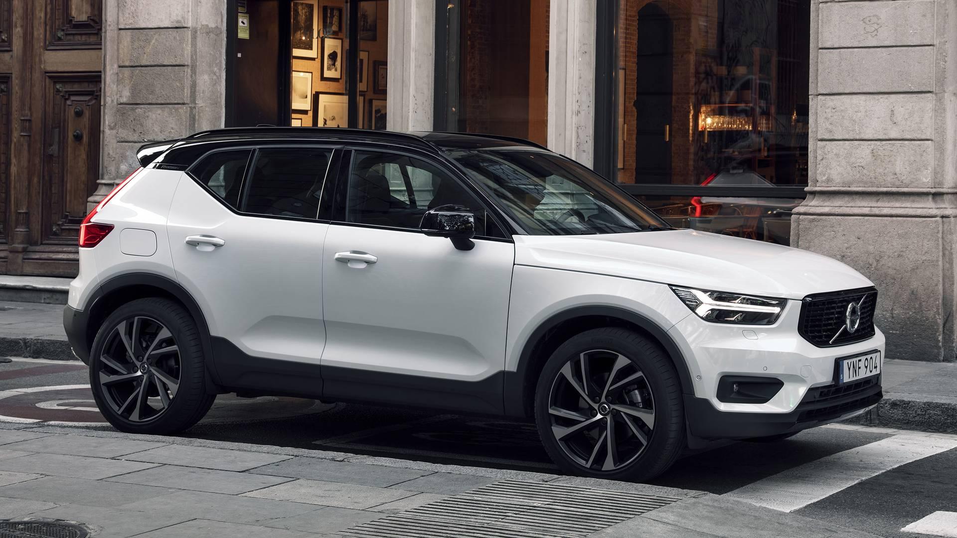 Volvo отзывает 120 тысяч автомобилей