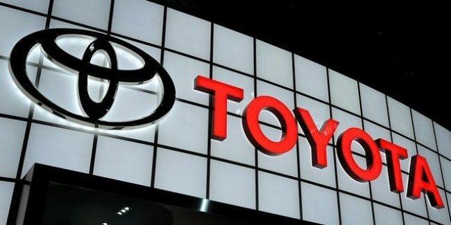 Toyota отзывает 3.4 миллиона автомобилей по всему миру