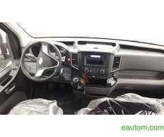 Пассажирский микроавтобус Hyundai H 350 - Фото 1