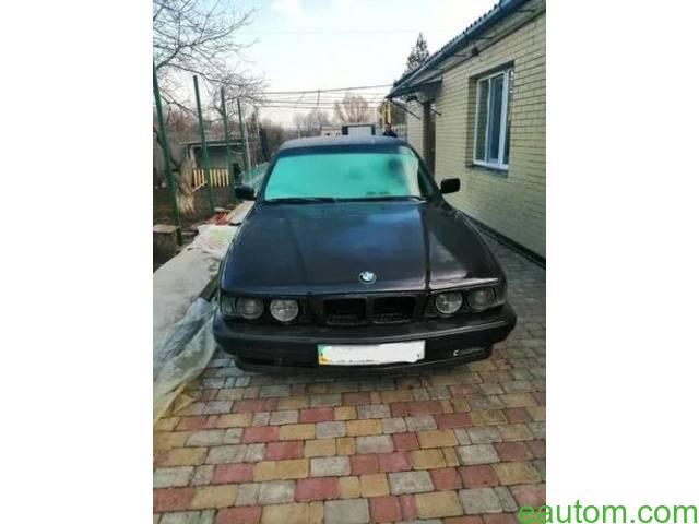 BMW 520i - 4