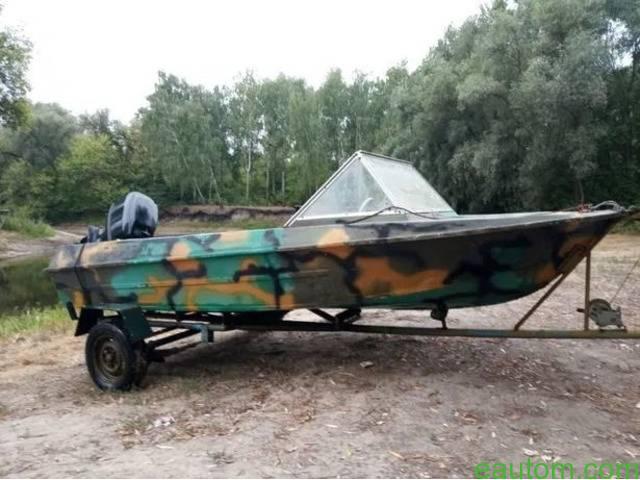 Лодка Крым с мотором - 2