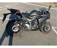 Мотоцикл Yamaha R3