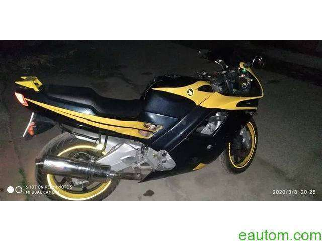 CBR600F2 pc25 - 3