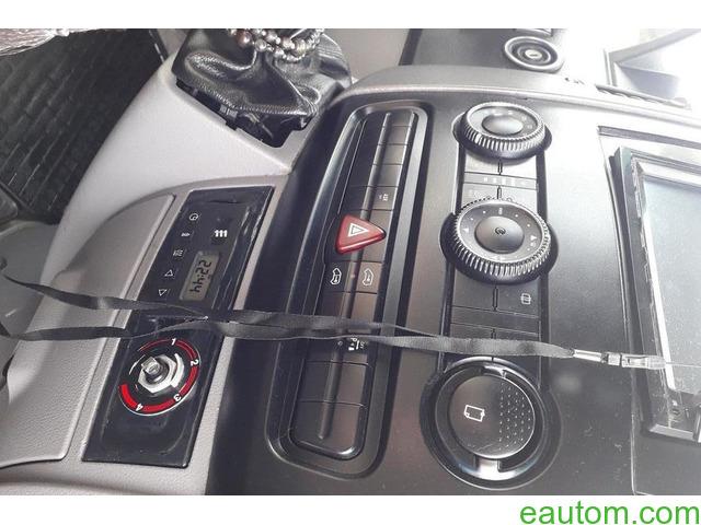 Volkswagen Crafter пасс. - 7