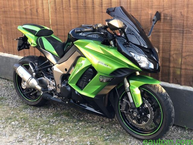 Kawasaki Z1000SX - 1