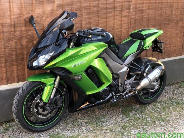 Kawasaki Z1000SX - 2