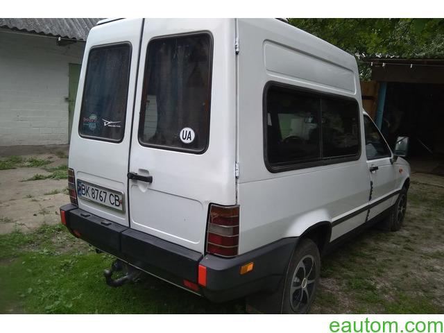 Продам Fiat Fiorino пасс. 1995 года - 8
