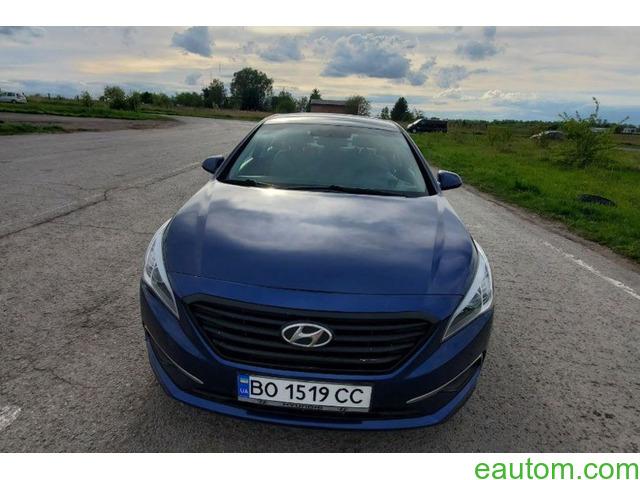 Hyundai Sonata - 4