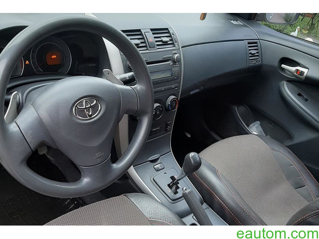 Toyota Corolla - 5