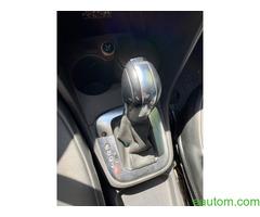 Volkswagen Polo 2010 - Фото 9