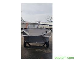 Алюминиевая лодка windboat 42МЕ - Фото 7