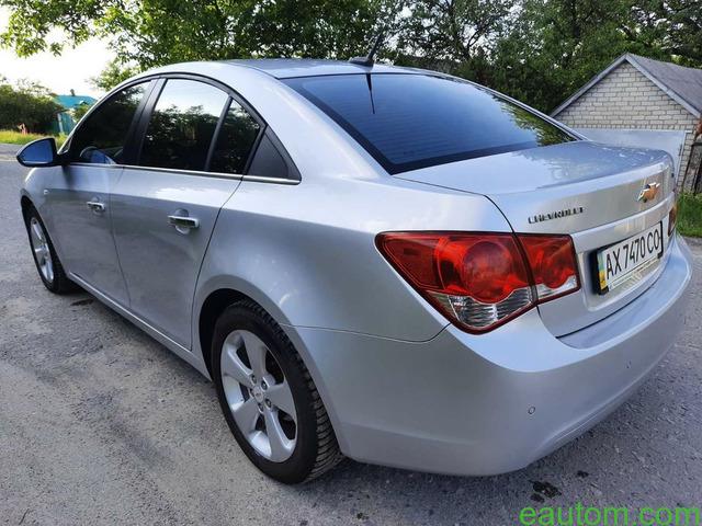 Chevrolet Cruze 1.8 2011г - 2