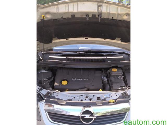 Opel zafira - 6