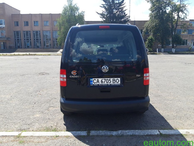 Volkswagen Caddy пасс. 2010 - 6