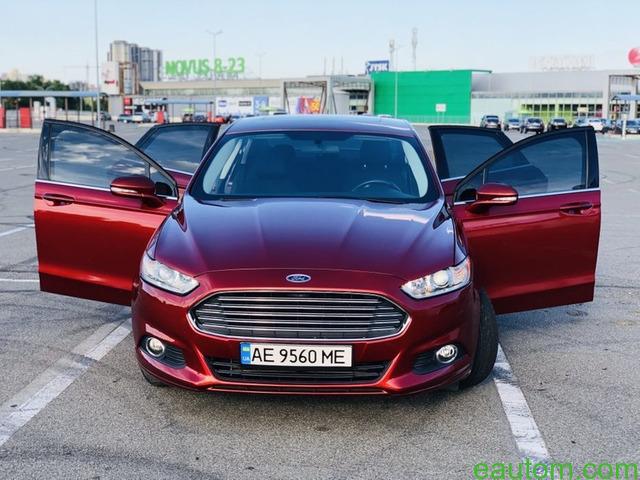 Ford Fusion SE - 7