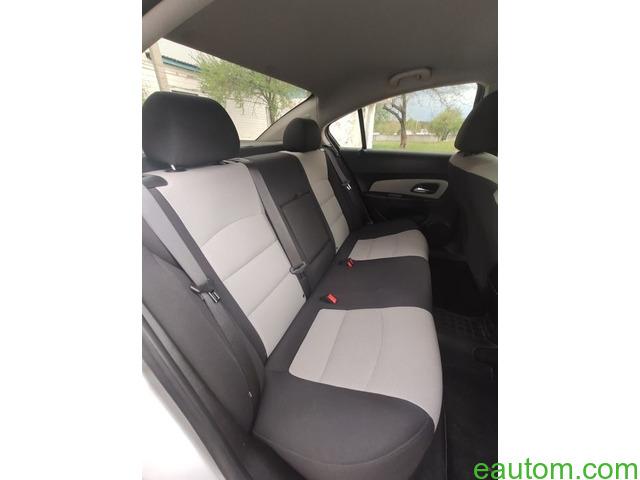 Продам Chevrolet Cruze 1.8 Газ/бензин - 8