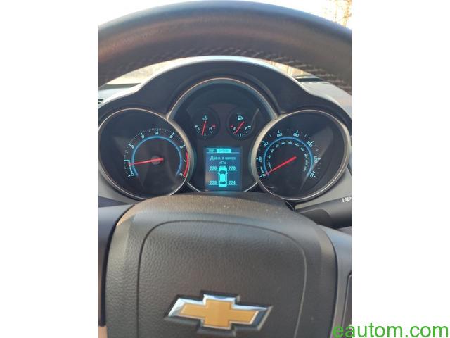 Продам Chevrolet Cruze 1.8 Газ/бензин - 14
