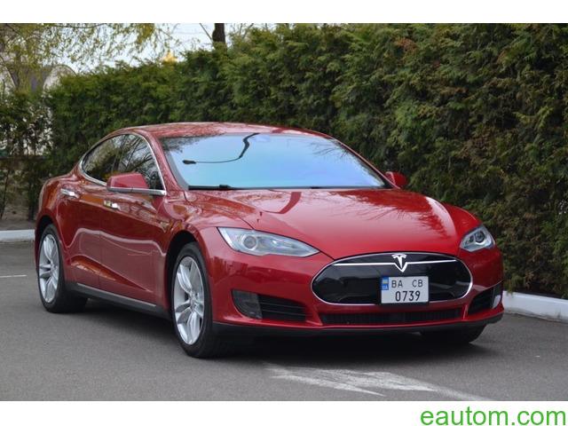 Tesla Model S70D - 1