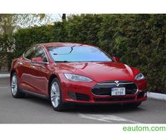 Tesla Model S70D - Фото 1