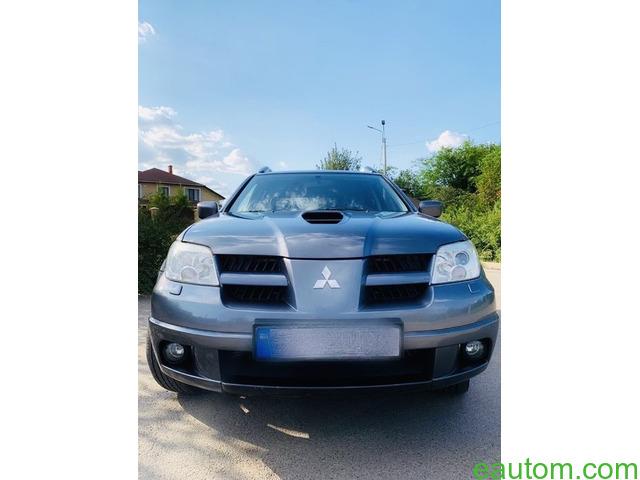Mitsubishi Outlander 4x4 turbo - 5