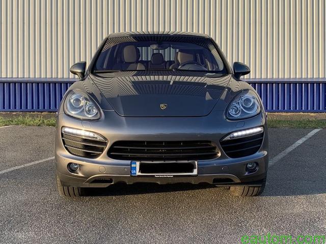 Porsche Cayenne S - 2