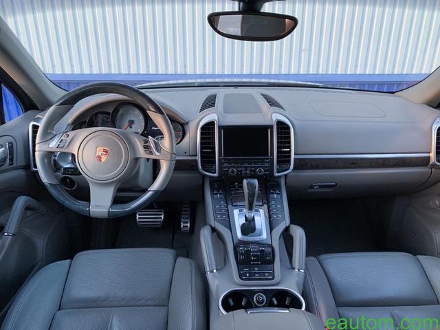 Porsche Cayenne S - 14