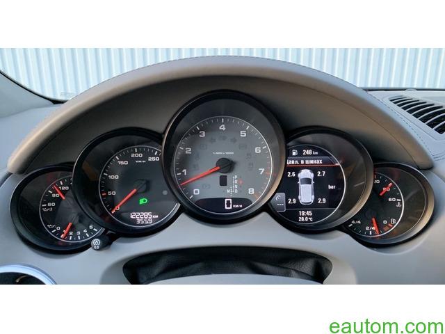 Porsche Cayenne S - 18